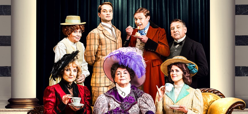 "FULL CAST ANNOUNCED FOR THE 2018 UK TOUR OF OSCAR WILDE'S ""THE IMPORTANCE OF BEING EARNEST"
