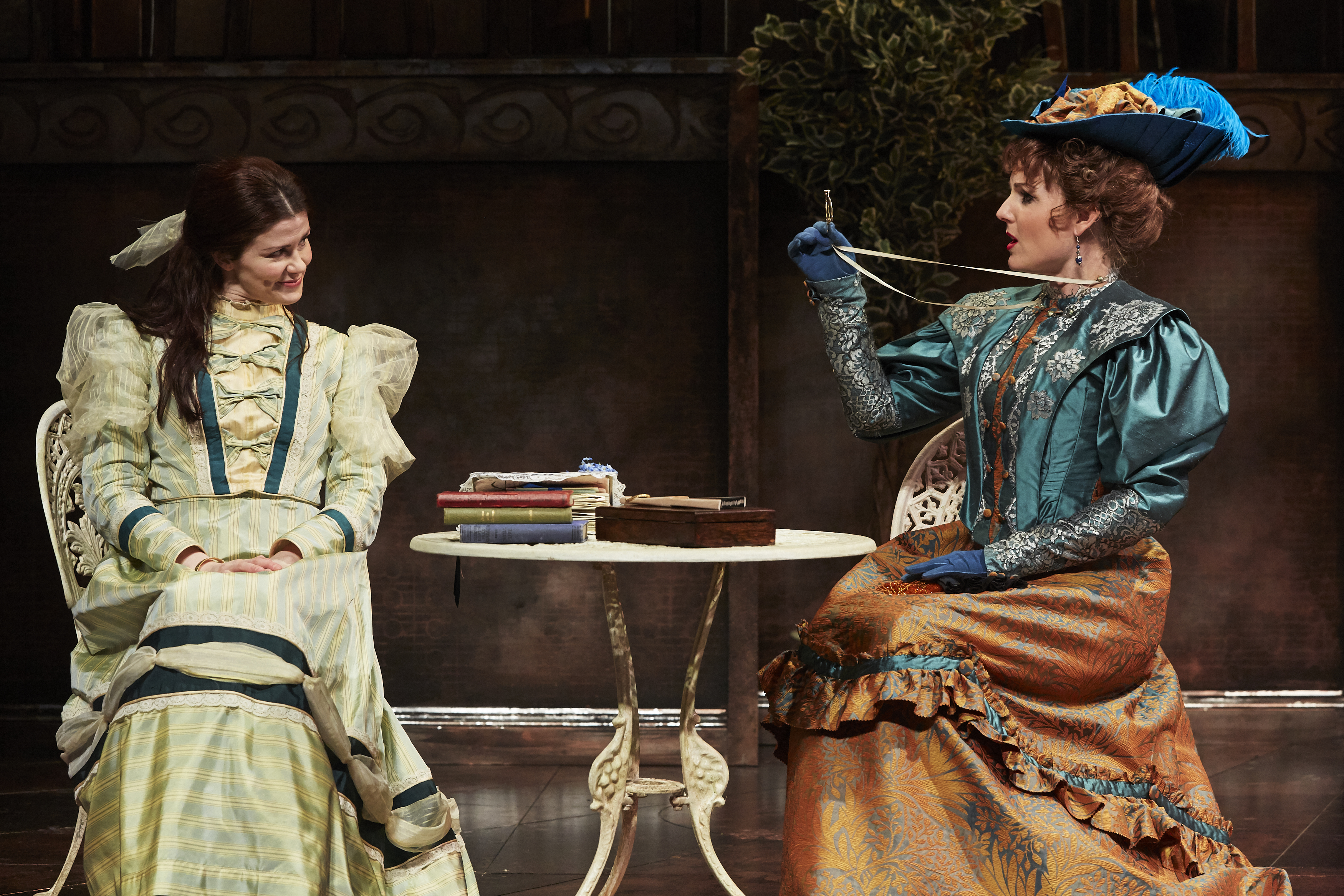 LtoR Louise Coulthard as Cecily & Kerry Ellis as Gwendolen in THE IMPORTANCE OF BEING EARNEST, credit The Other Richard