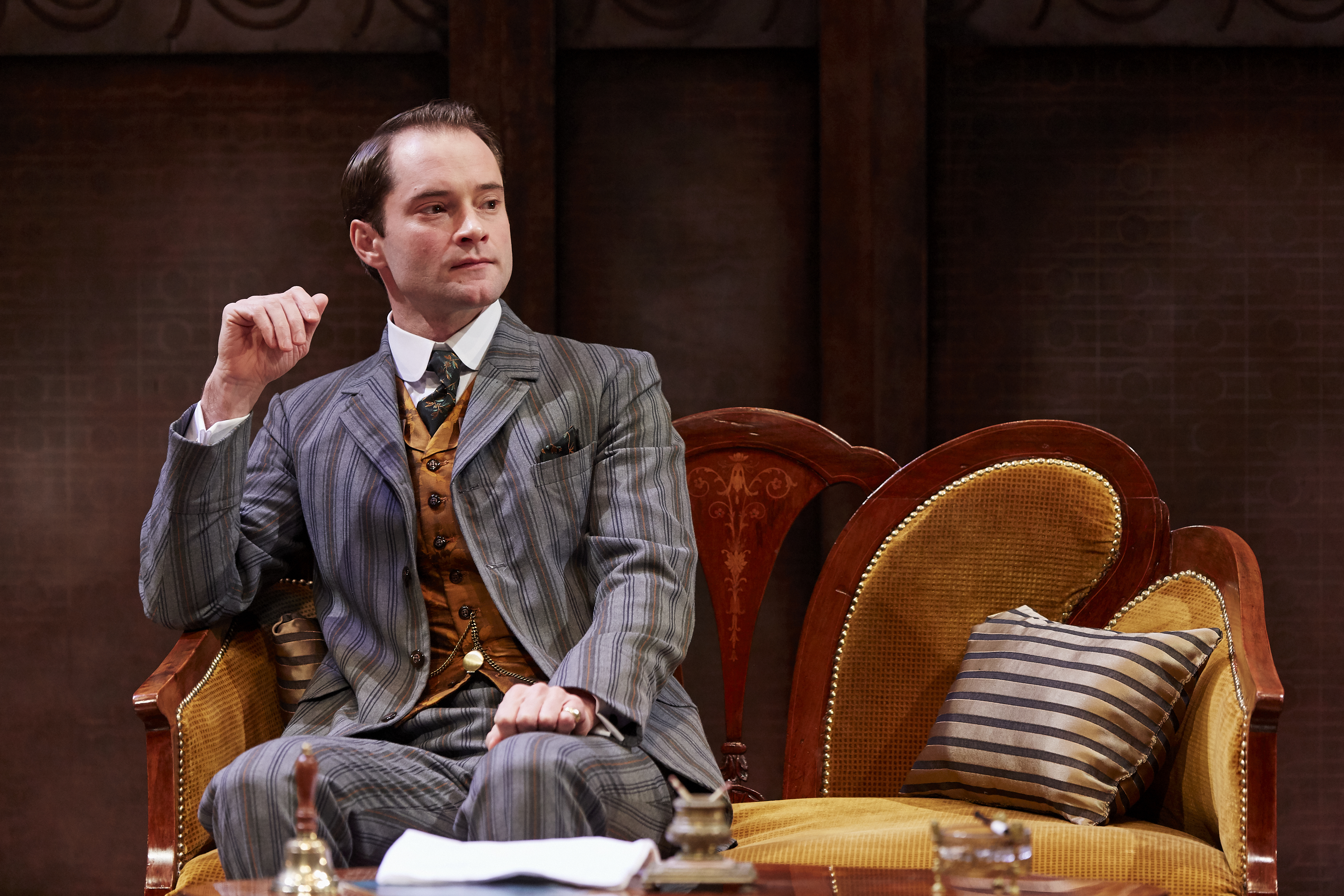 Peter Sandys-Clarke as Jack in THE IMPORTANCE OF BEING EARNEST, credit The Other Richard